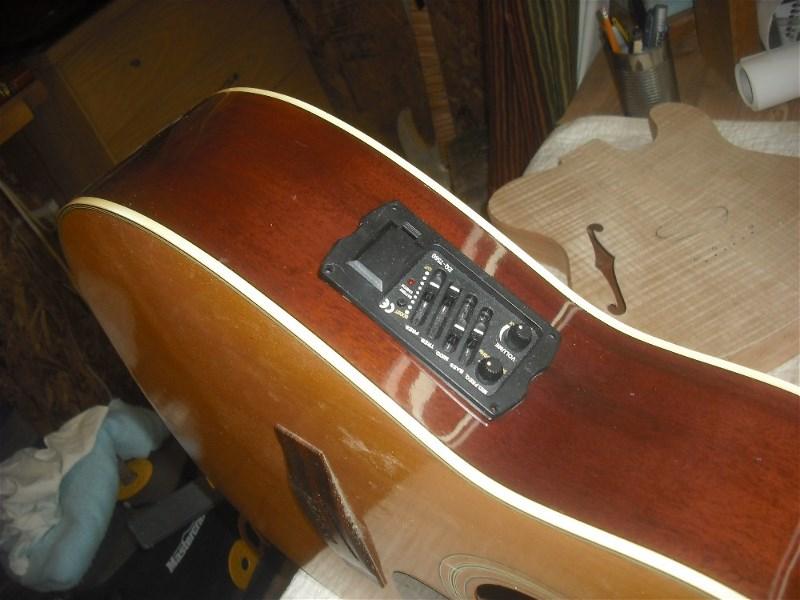 Électrification d'une guitare acoustique